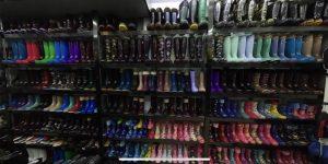 Zapatillas, botas de lluvia